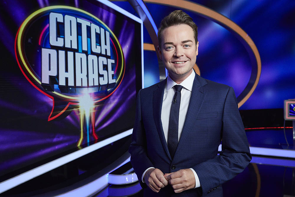 ITV entertainment show returns to filming as Catchphrase ...